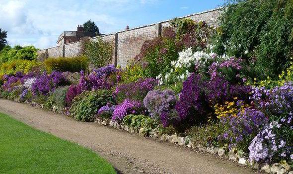 Coach Trip to Waterperry @ Waterperry Gardens | Waterperry | England | United Kingdom